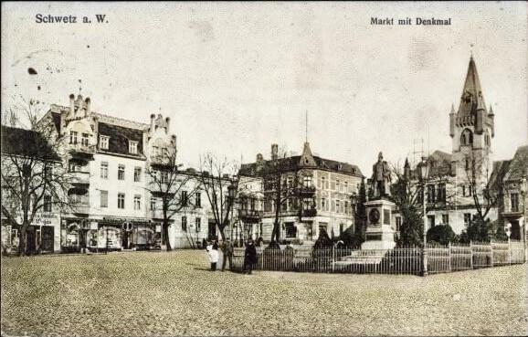 Rynek nowego miasta pomnik cesarza Wilhelma I