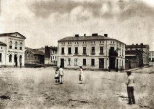 Mały Rynek widok na kamienicę Księcia Grzymisława 7